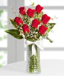 7 Adet vazoda kırmızı gül sevgiliye özel  Ankara anneler günü çiçek yolla