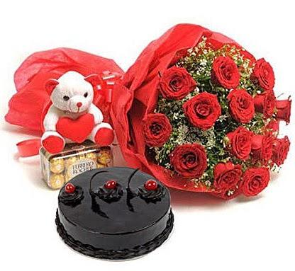 12 kırmızı gül ayıcık çikolata ve yaş pasta  Ankara çiçekçi telefonları