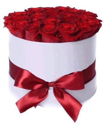 33 adet kırmızı gül özel kutuda kız isteme   Ankara çiçek online çiçek siparişi