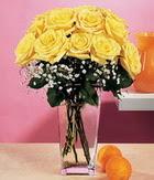 Ankara hediye sevgilime hediye çiçek  9 adet sari güllerden cam yada mika vazo