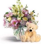 Ankara güvenli kaliteli hızlı çiçek  cam yada mika vazoda çiçekler ve oyuncak