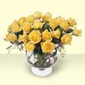 Ankaraya çiçek yolla  11 adet sari gül cam yada mika vazo içinde
