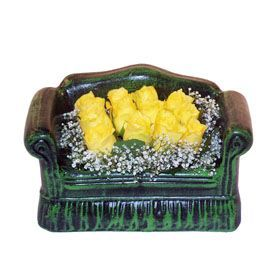 Seramik koltuk 12 sari gül   Ankara çiçek satışı