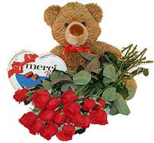 oyuncak çikolata  12  gül   Ankara çiçek gönderme