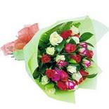 12 adet renkli gül buketi   Ankara İnternetten çiçek siparişi
