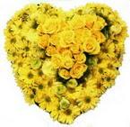 kalp biçiminde sevgisel   Ankaraya çiçek yolla