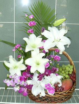 Ankara hediye sevgilime hediye çiçek  KAZABLANKA KARANFIL VE KIR ÇIÇEKLERI MEVSIM MEYVA