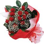 Ankara hediye sevgilime hediye çiçek  KIRMIZI AMBALAJ BUKETINDE 12 ADET GÜL