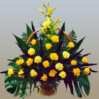 Ankara çiçek siparişi vermek  17 adet sari gül ve sari kir çiçekleri