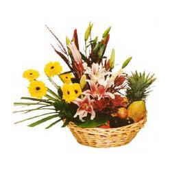 Karisik meyva sepeti ve çiçekler  Ankara güvenli kaliteli hızlı çiçek