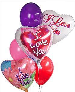 Ankara hediye sevgilime hediye çiçek  Sevdiklerinize 17 adet uçan balon demeti yollayin.