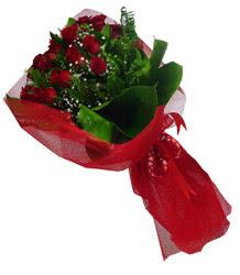 Ankara İnternetten çiçek siparişi  10 adet kirmizi gül demeti