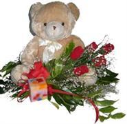 Ankara kaliteli taze ve ucuz çiçekler  5 adet gül , mum ve ayicik sevdiklerinize özel