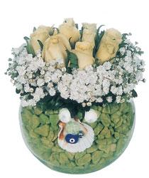 Ankara çiçek online çiçek siparişi  9 adet beyaz gül cam yada mika içerisinde
