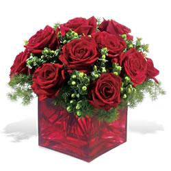 Ankara çiçek gönderme  9 adet kirmizi gül cam yada mika vazoda