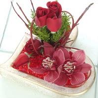 Ankara çiçek online çiçek siparişi  2 kandil orkide 3 adet kirmizi gül mika kalp