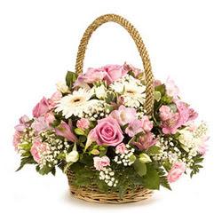 Ankara kaliteli taze ve ucuz çiçekler  Gül ve gerberalardan çiçek aranjmani