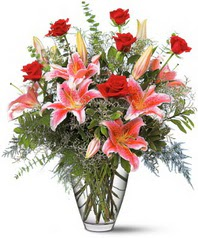 Ankara çiçekçi mağazası  7 adet kirmizi gül 3 adet kazablanka