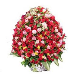 Ankara internetten çiçek siparişi  365 gün 365 güne özel gül sepeti