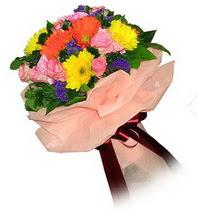 Ankara 14 şubat sevgililer günü çiçek  Karisik mevsim çiçeklerinden demet