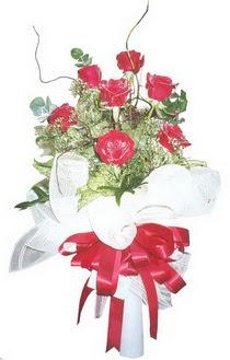 Ankara anneler günü çiçek yolla  7 adet kirmizi gül buketi