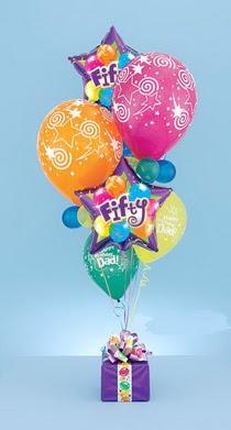 Ankara çiçek gönderme  15 adet uçan balon ve küçük kutuda çikolata