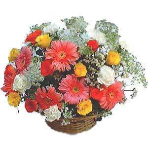 Sepet içerisinde karisik kir çiçekleri  Ankara anneler günü çiçek yolla