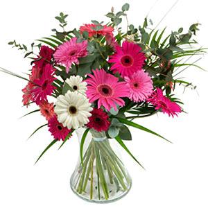15 adet gerbera ve vazo çiçek tanzimi  Ankara kaliteli taze ve ucuz çiçekler
