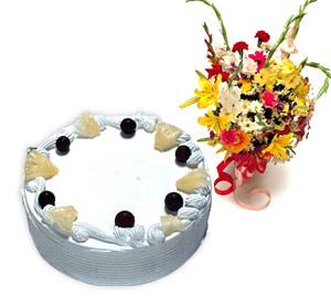 4 -6 kisilik Yaspasta ve karisik buket  Ankara hediye sevgilime hediye çiçek