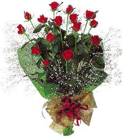 11 adet kirmizi gül buketi özel hediyelik  Ankara 14 şubat sevgililer günü çiçek