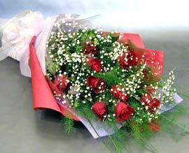 10 adet kirmizi gül çiçegi gönder  Ankara çiçek siparişi sitesi