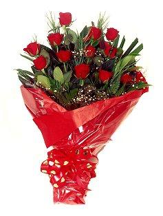 12 adet kirmizi gül buketi  Ankara çiçek online çiçek siparişi
