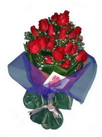 12 adet kirmizi gül buketi  Ankara kaliteli taze ve ucuz çiçekler