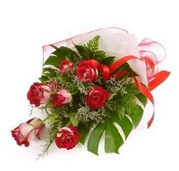 Çiçek gönder 9 adet kirmizi gül buketi  Ankara çiçek mağazası , çiçekçi adresleri