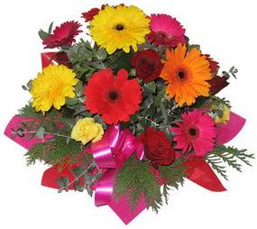 Karisik mevsim çiçeklerinden buket  Ankara internetten çiçek satışı