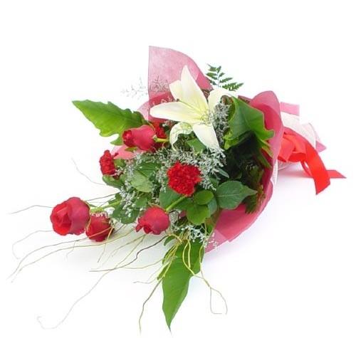 Mevsim çiçeklerinden karisik buket  Ankara güvenli kaliteli hızlı çiçek
