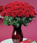Ankara çiçekçiler  11 adet Vazoda Gül sevenler için ideal seçim
