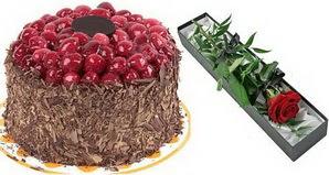 1 adet yas pasta ve 1 adet kutu gül  Ankara online çiçekçi , çiçek siparişi