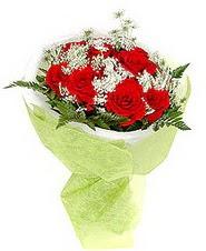 Ankara ucuz çiçek gönder  7 adet kirmizi gül buketi tanzimi
