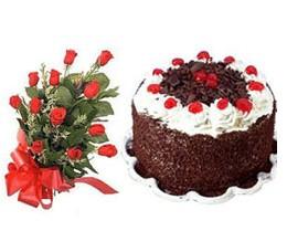 Ankara çiçek satışı  10 adet kirmizi gül buketi ve yaspasta