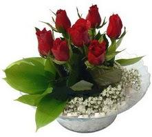Ankara hediye sevgilime hediye çiçek  cam yada mika içerisinde 5 adet kirmizi gül