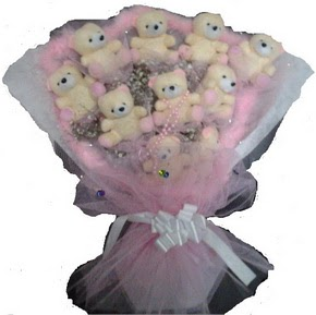 Ankara 14 şubat sevgililer günü çiçek  11 adet ayiciktan görsel bir buket