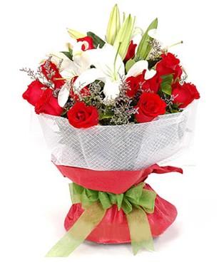 Ankara hediye çiçek yolla  1 dal kazablanka 11 adet kırmızı gül buketi