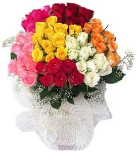 Ankaraya çiçek yolla  51 adet farklı renklerde gül buketi