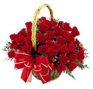 Ankara hediye çiçek yolla  41 adet kırmızı gül sepeti aranjmanı