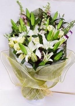 Ankara internetten çiçek siparişi  3 adet kazablankalardan görsel buket çiçeği
