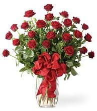 Sevgilime sıradışı hediye güller 24 gül  Ankara çiçekçi mağazası
