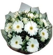 Eşime sevgilime en güzel hediye  Ankara internetten çiçek satışı