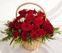 19 adet kırmızı gülden çiçek sepeti  Ankara internetten çiçek siparişi