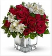 11 adet kırmızı gül ve beyaz kır çiçekleri  Ankara çiçekçi mağazası